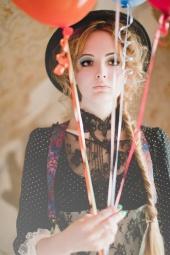 http://photos.modelmayhem.com/photos/111008/16/4e90e36c53fea_m.jpg