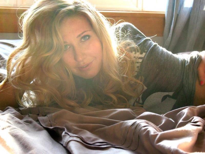 Female model photo shoot of Kassondra Merry