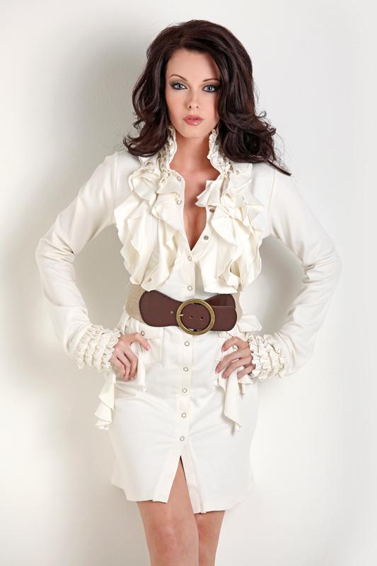 Female model photo shoot of Melissa Anne Model in Chicago, IL.