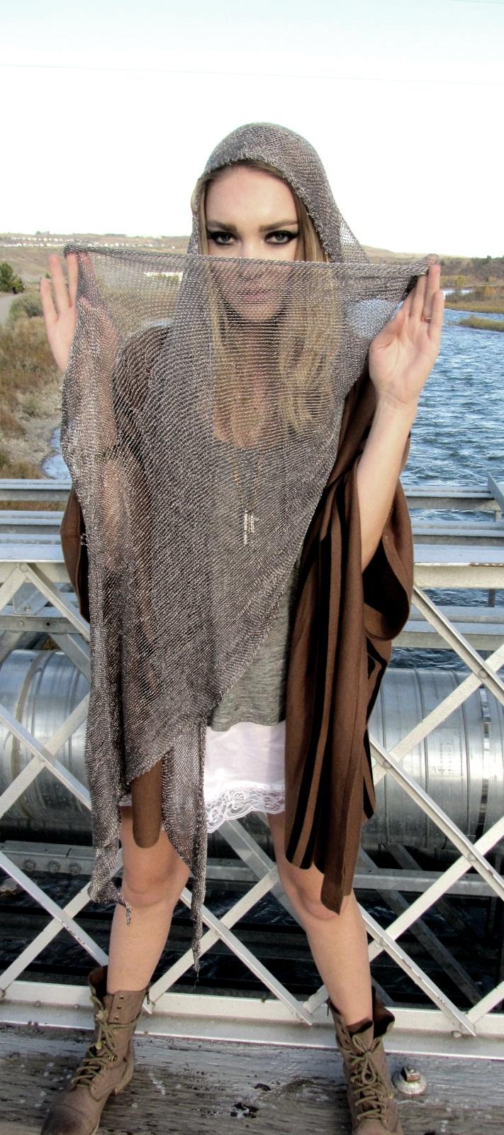 Female model photo shoot of Faral Nemez