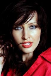 http://photos.modelmayhem.com/photos/111012/03/4e95670480af1_m.jpg