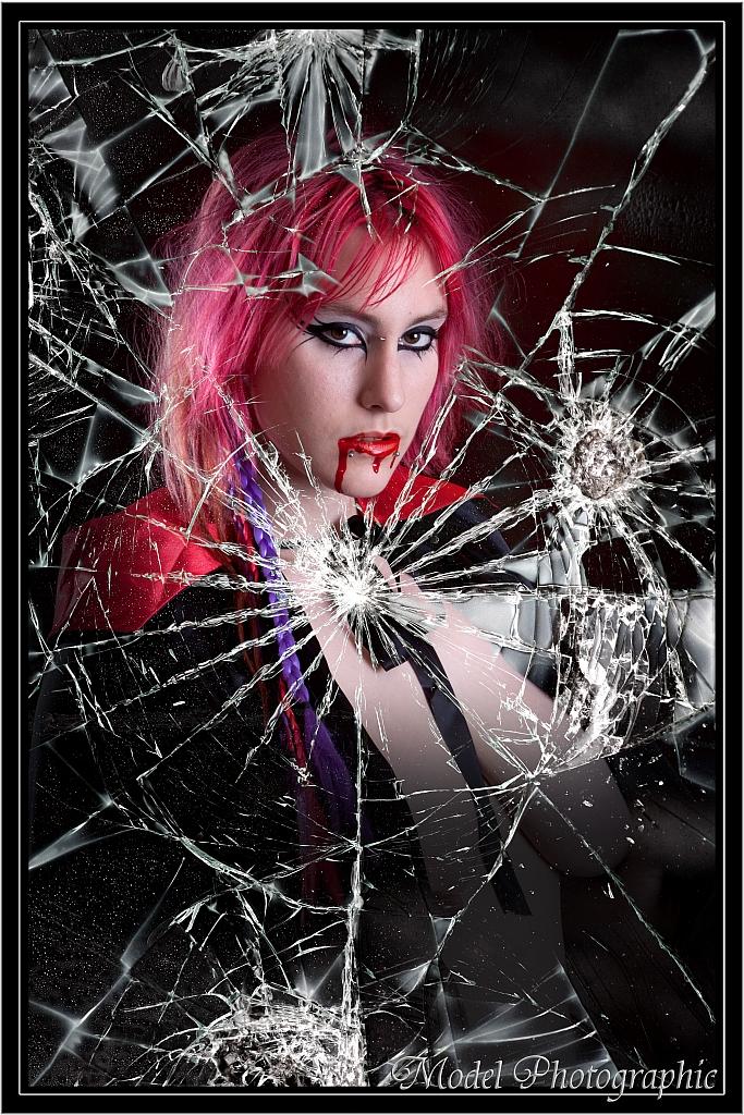 Sydney Oct 14, 2011 Model Photographic Shattered Vampire Dreams