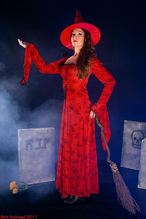 CoverShot Studio Oct 16, 2011 Bert Halstead Molly Kay -- costume from The Costume Company, Arlington, MA