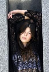 http://photos.modelmayhem.com/photos/111017/12/4e9c873d6e9fa_m.jpg