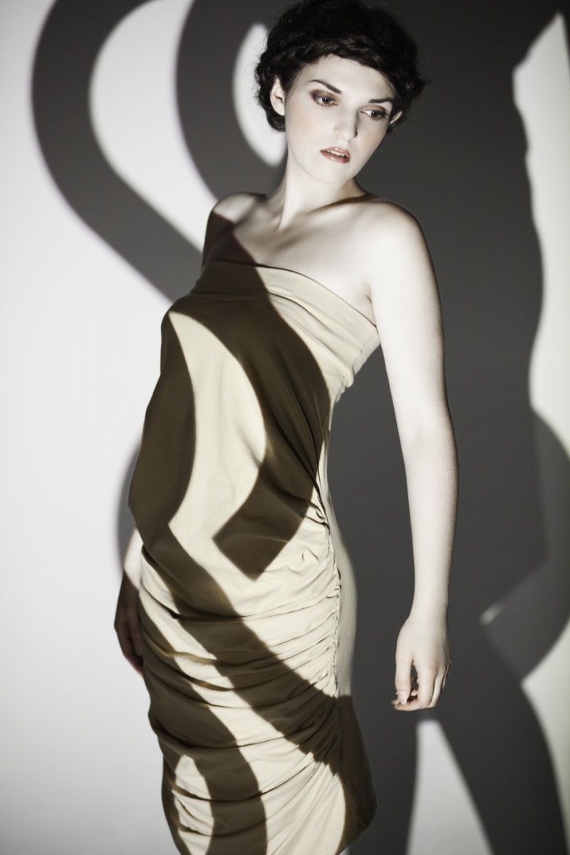 Female model photo shoot of LiebeLiebe