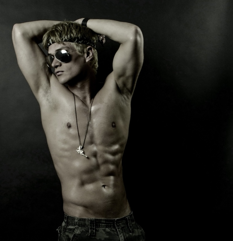 Male model photo shoot of Sergio Fernandez in TORONTO