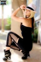 http://photos.modelmayhem.com/photos/111019/02/4e9e951c79def_m.jpg