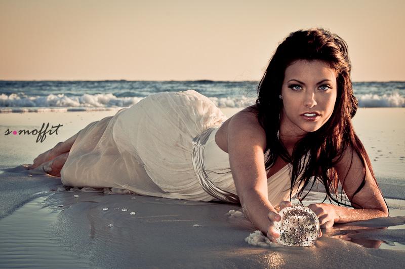 Female model photo shoot of Natasha Liane by S Moffit Photography
