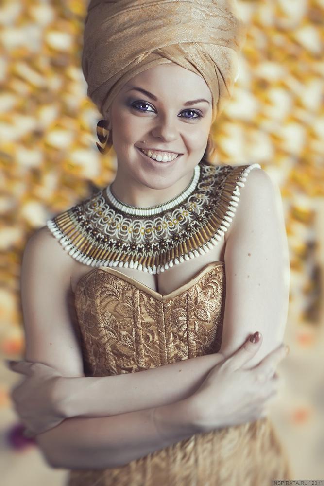 Saint-Petersburg Oct 24, 2011 Light Gold