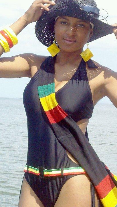 Female model photo shoot of Alexandria Shenay