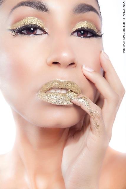 Female model photo shoot of Madeline Diaz MUA