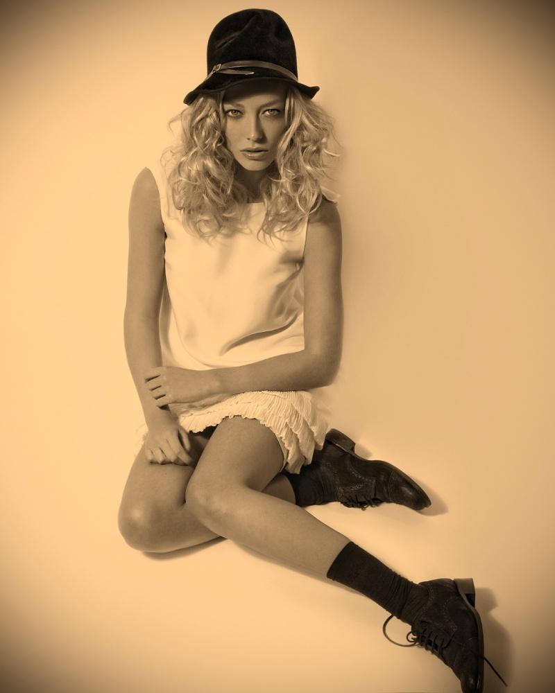Female model photo shoot of Csilla  Elekes