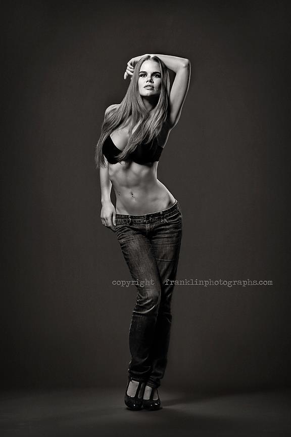 Female model photo shoot of Damianne by albertaphotog