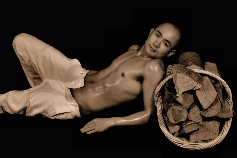 Male model photo shoot of Kelvin Diaz