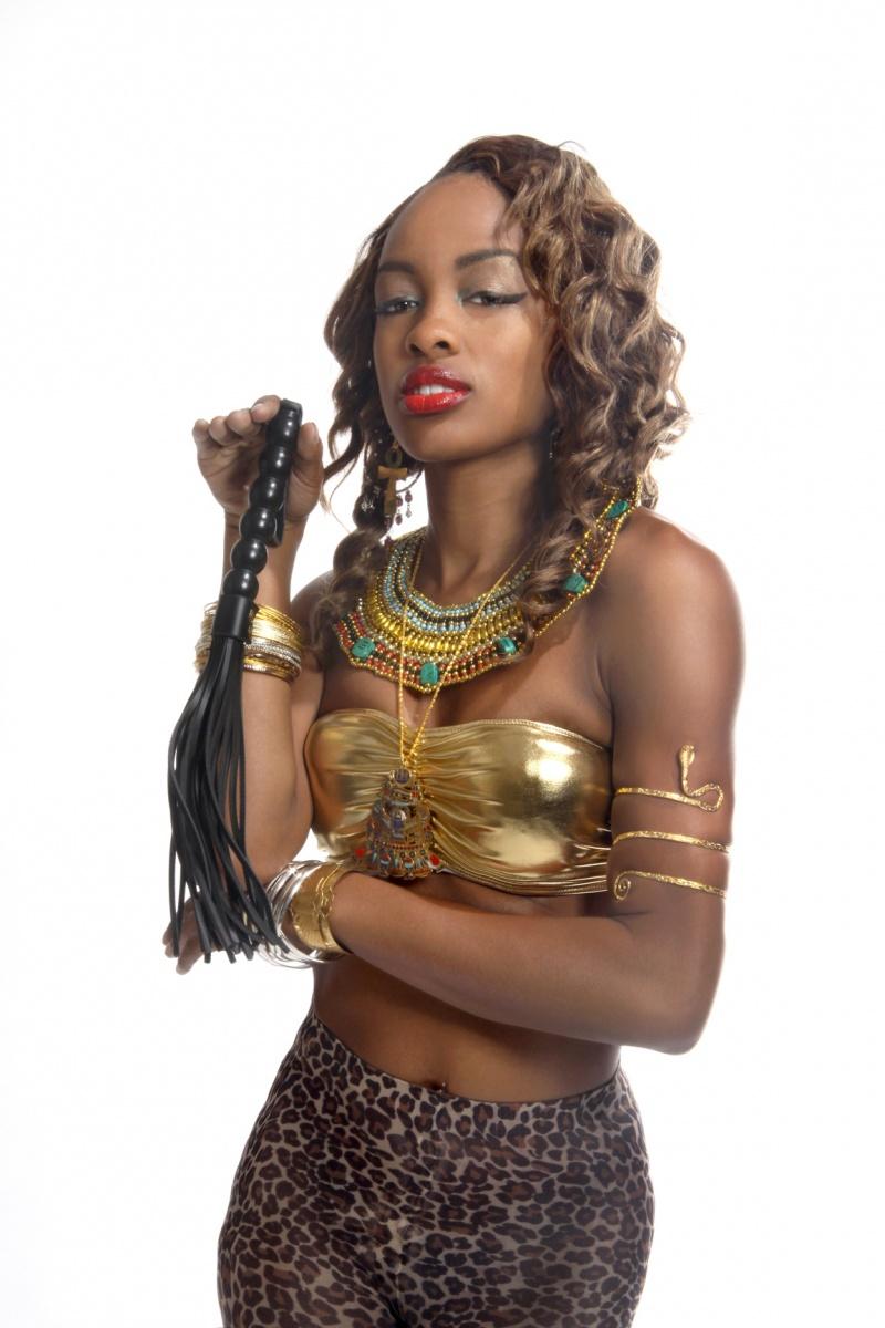 Woodville Nov 02, 2011 (c) Roy E. Lett 2011 Sienna in the Egyptian Style doing the Rattler/Cobra Strike