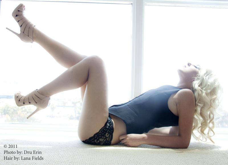 Female model photo shoot of Dominique Florio