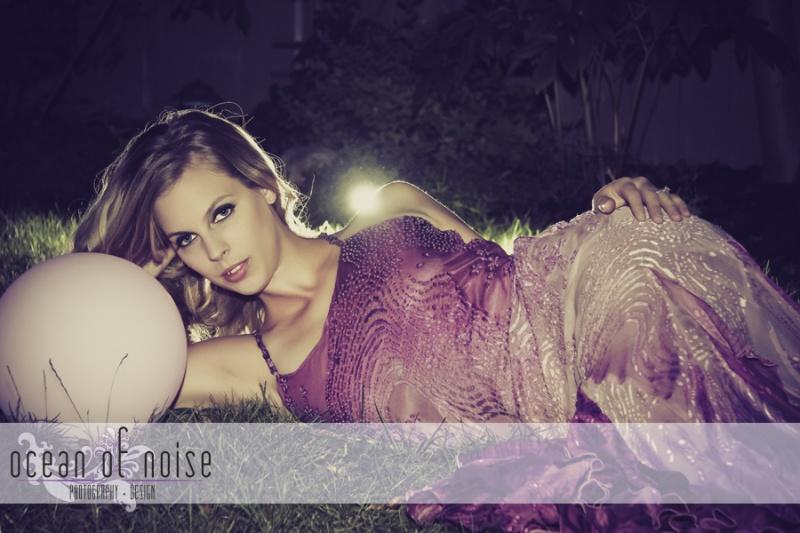 Female model photo shoot of Courtney Palmer and Alexandria W