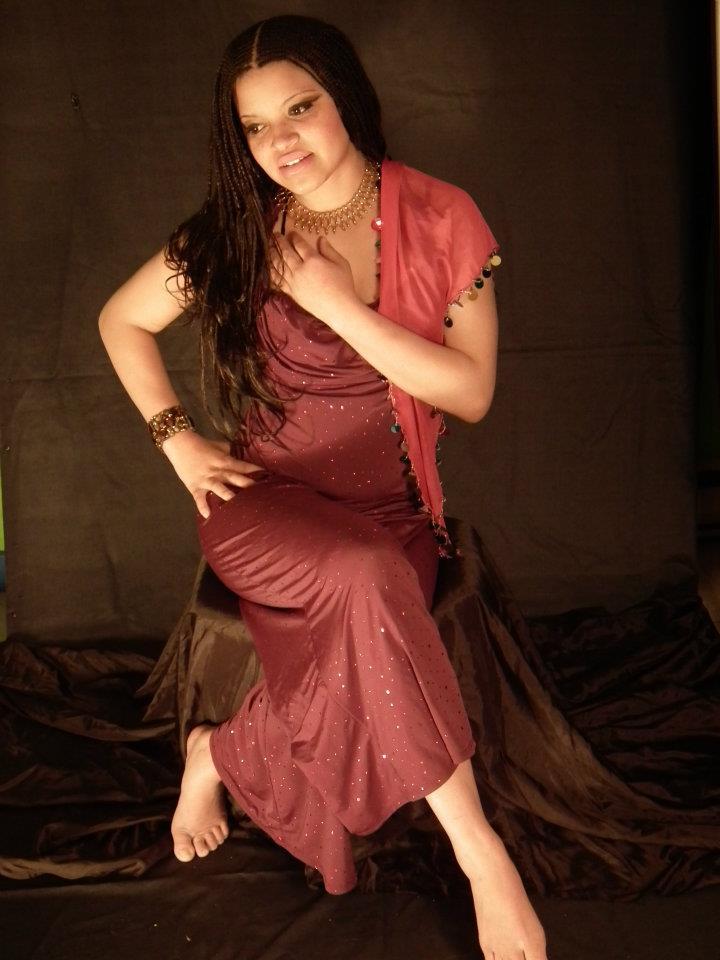 Female model photo shoot of issa kalesi