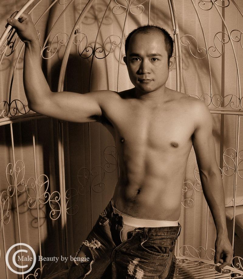 Male model photo shoot of Kelvin Diaz by Male Beauty by bengie