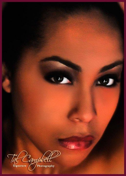 Female model photo shoot of Leslie Ashton