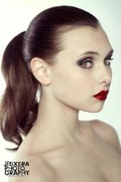 http://photos.modelmayhem.com/photos/111105/13/4eb5a38d47a0e_m.jpg