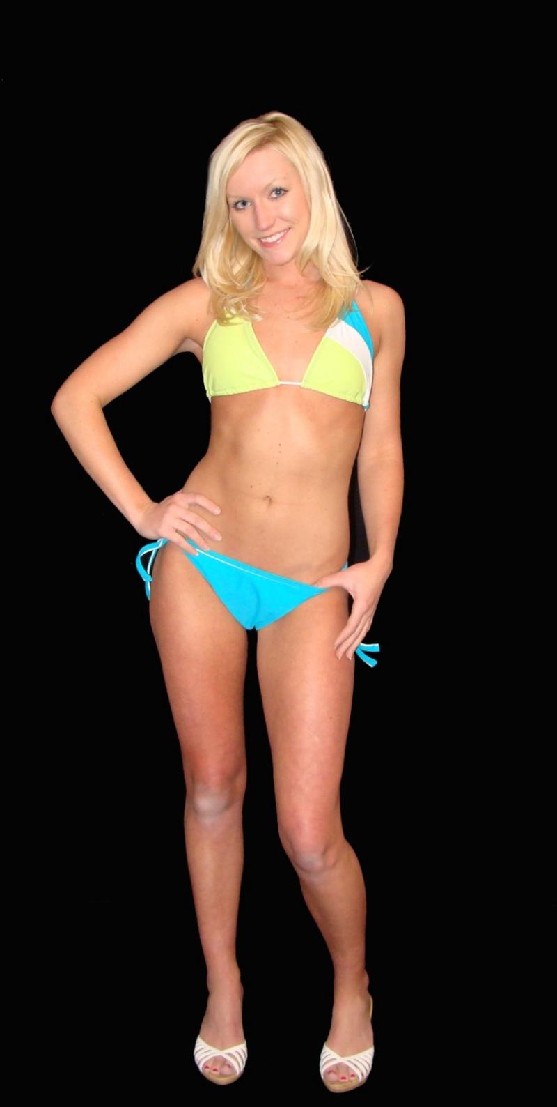 Female model photo shoot of Hannah Fern