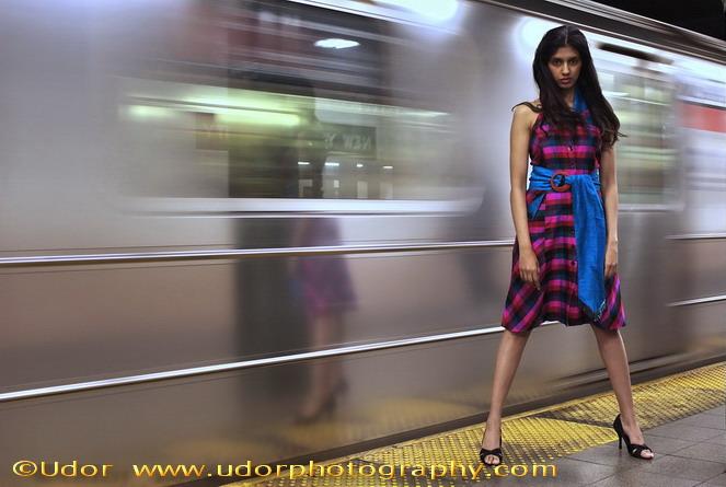 https://photos.modelmayhem.com/photos/111107/06/4eb7e55bf2d6a.jpg
