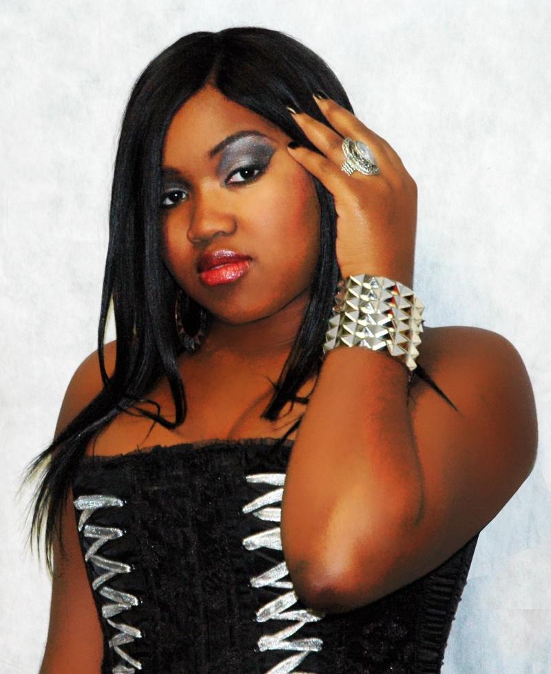 Female model photo shoot of MsChief