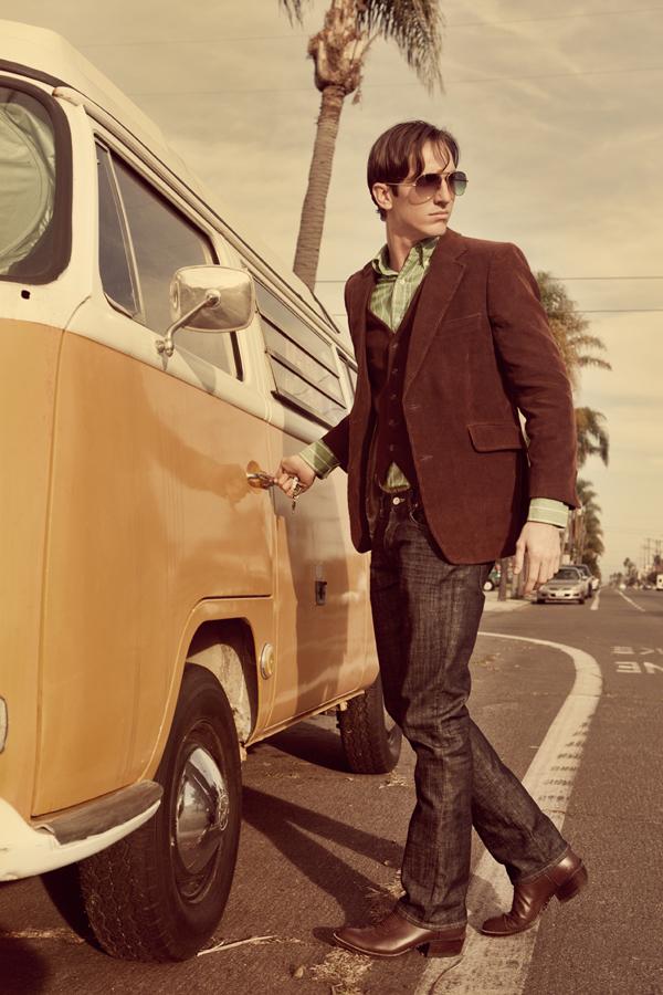 Male model photo shoot of Ashton Stylez
