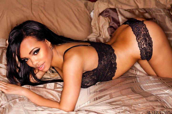 Female model photo shoot of Nadia Marsden