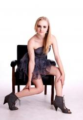 http://photos.modelmayhem.com/photos/111115/23/4ec364d29d0ea_m.jpg