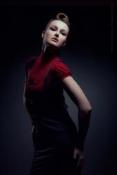 https://photos.modelmayhem.com/photos/111116/23/4ec4b5e77c9d0_m.jpg