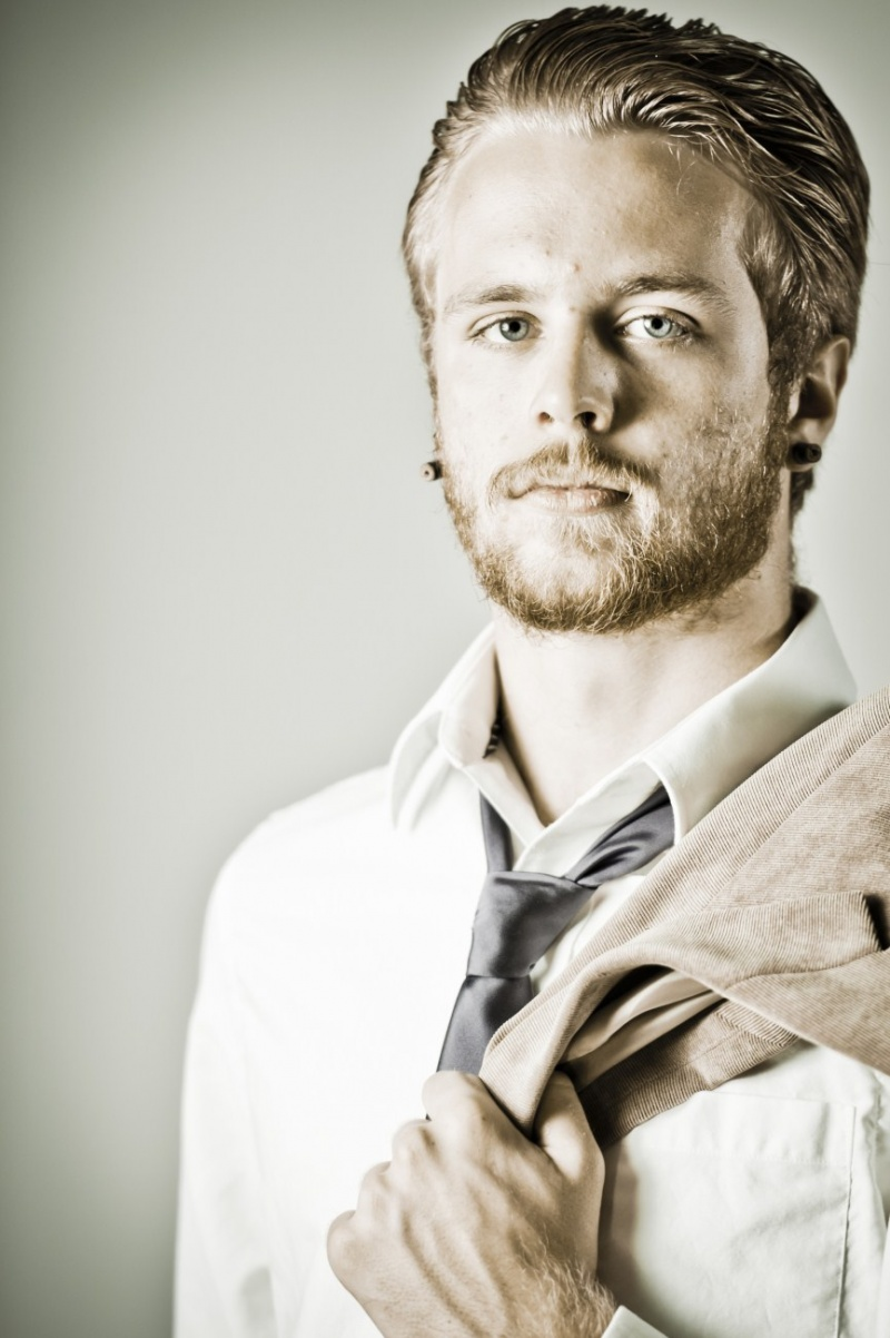 Male model photo shoot of tom wise 3wisestudio in Lake Sinclair, my house