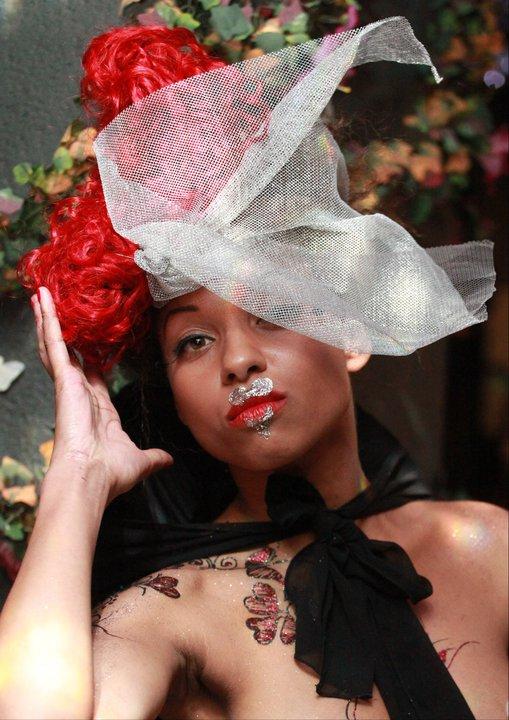 Female model photo shoot of Jandon