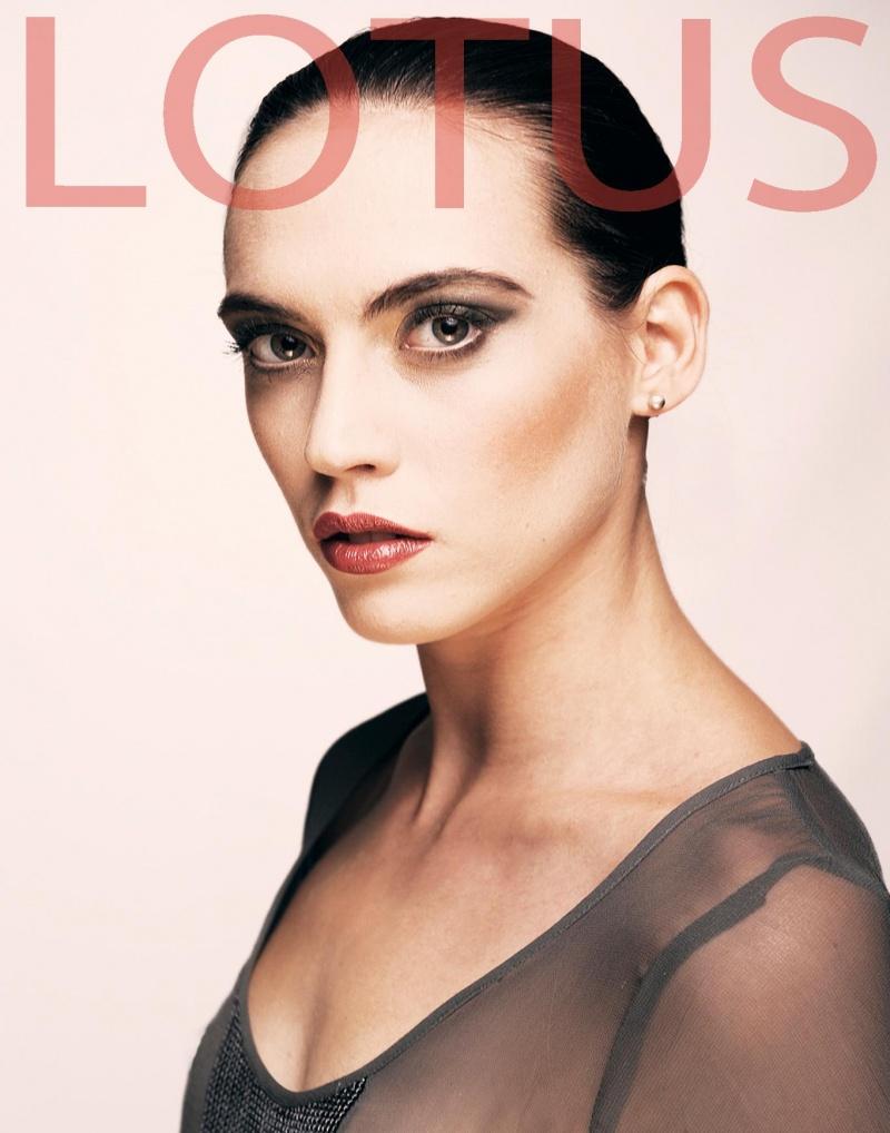 Female model photo shoot of Charlie Banks