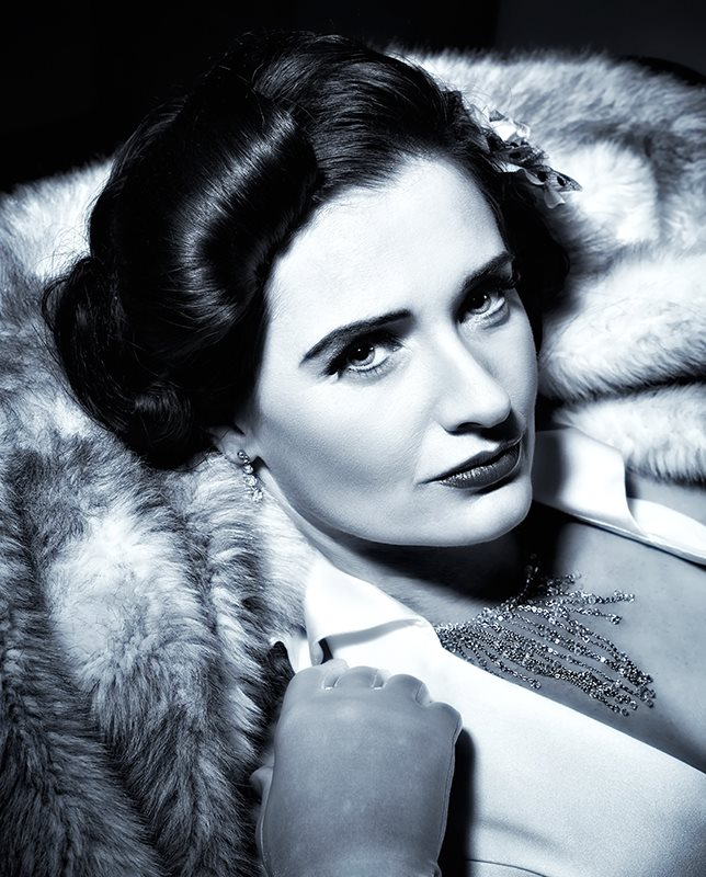 Female model photo shoot of Sara Broadhurst - MUA