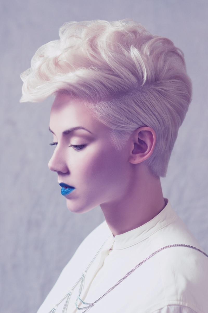 Female model photo shoot of Ash Hood