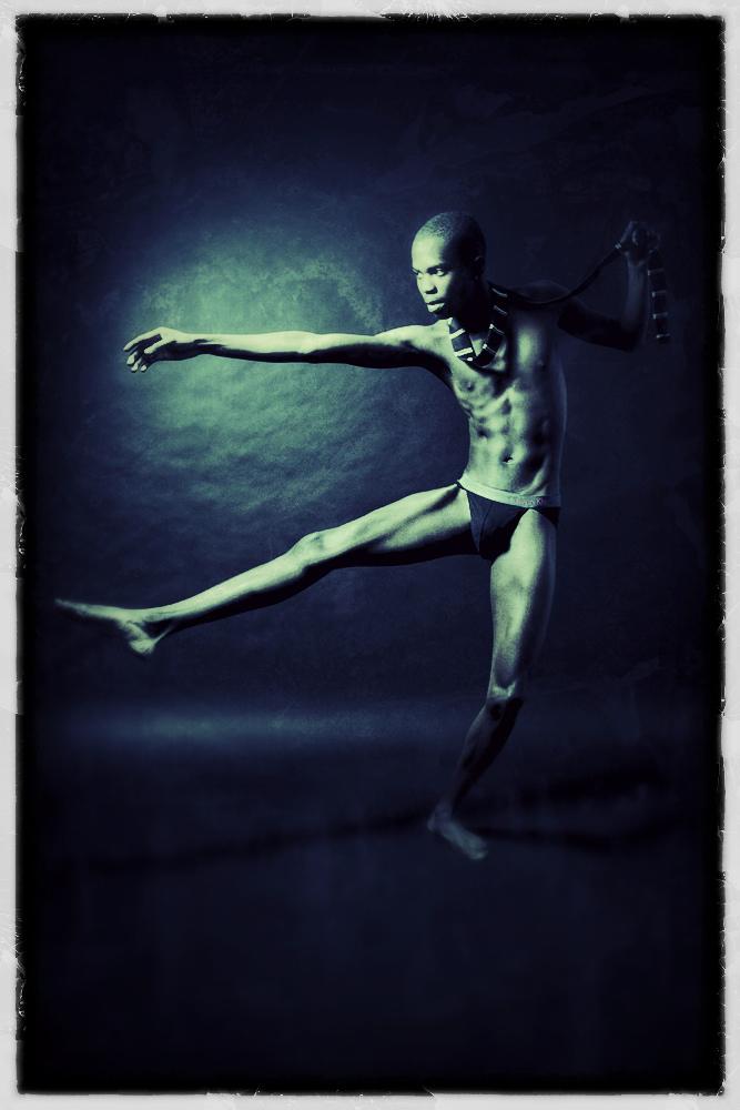Male model photo shoot of Epiphanynoir