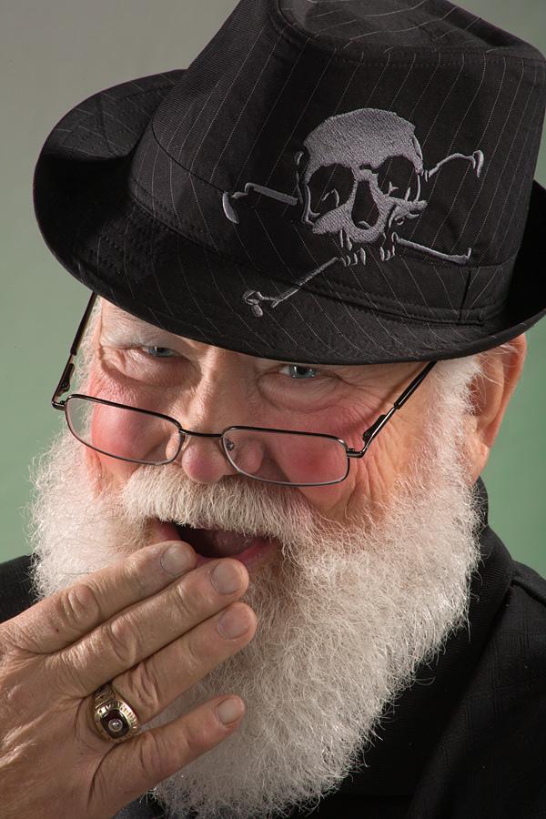 D. M. Gremlin Studios, Long Beach, CA Dec 01, 2011 2009 D. M. Gremlin Studios Skull Santa (model: Santa Jerry - no MM)