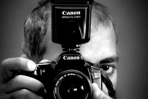 Male model photo shoot of Bhatti photographer in Lahore, Pakistan