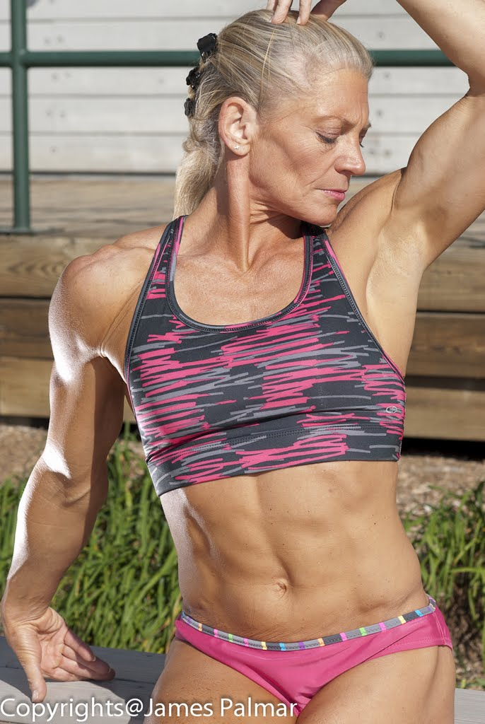 Dec 05, 2011 the fabulous muse NPA BB Pro competitor  Lisa.W - in her 50s