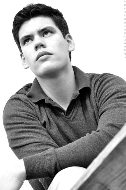 Male model photo shoot of Jonathan Meneses by  J Jameel