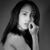 https://photos.modelmayhem.com/photos/111208/16/4ee154de86fe3_m.jpg