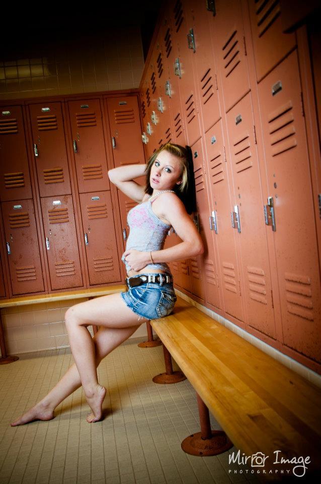 WTI Dec 10, 2011 locker room