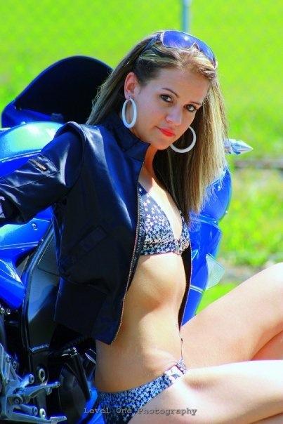 Female model photo shoot of xMeLiSSAx