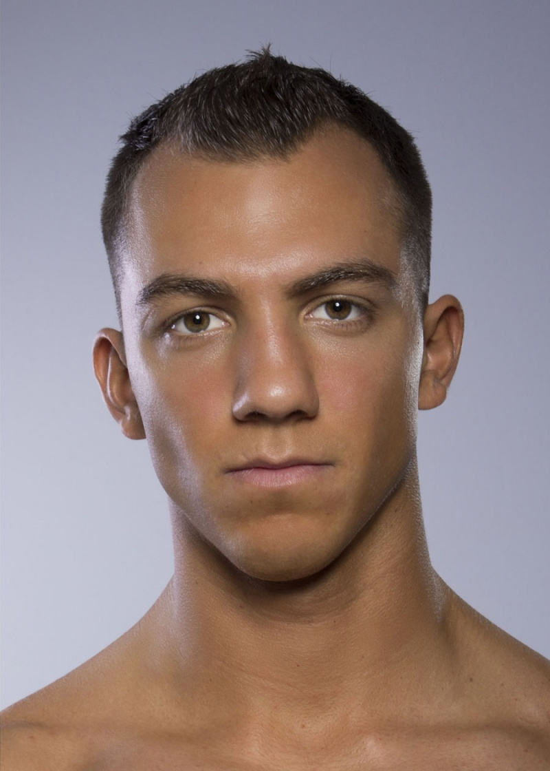 Male model photo shoot of Jeremy Kloter