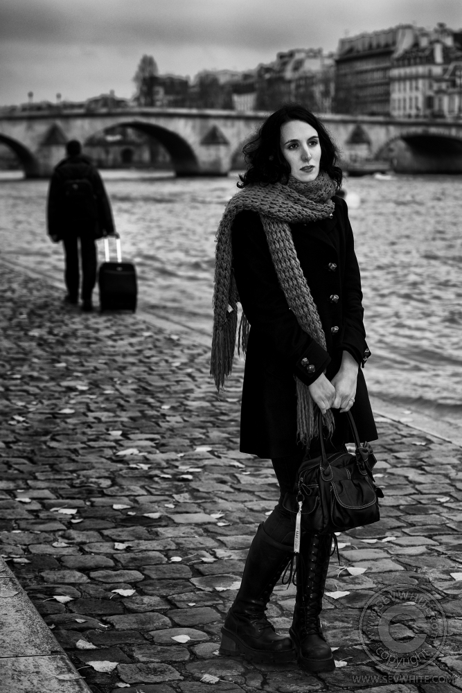 Paris 2011 Dec 12, 2011 Copyright SevWhite Winter diaries 1