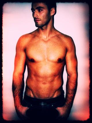 Male model photo shoot of EddieZee in n/a