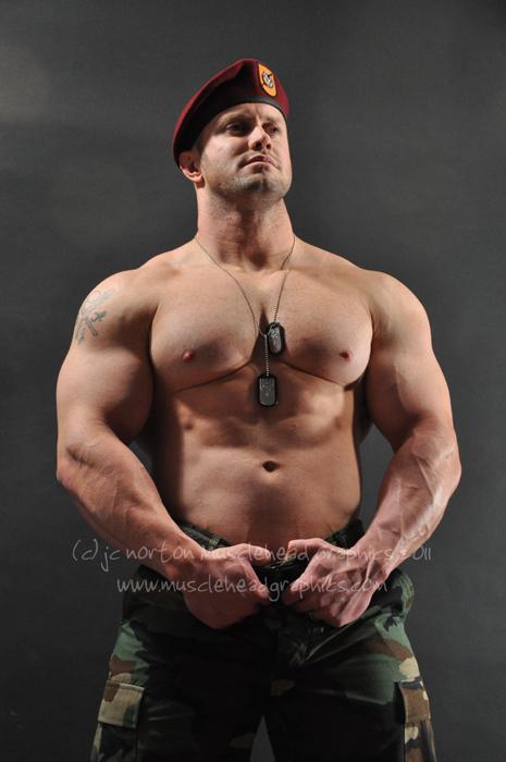 Dec 17, 2011 jc norton 2011 Title: Baret #02 Model: Brian Hart
