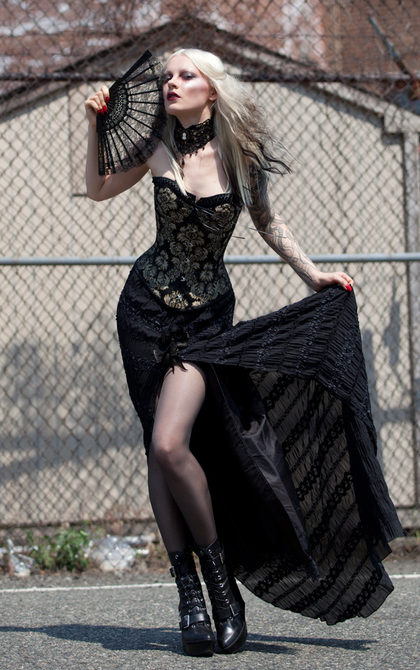 Dec 19, 2011 Taryn Truese Photgrpahy elegance in 98 degrees - Corset, skirt and choker by Karen von Oppen for KvO Design